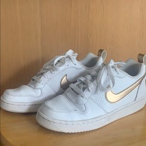 Girls Nike Sz 4.5 Sneakers